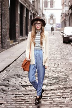 (top/cardi/pants/shoes all F21) hello from ireland! / Steffys Pros and Cons | A NYC Fashion Blog