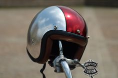 Silver Leaf Custom Helmet. Simple and neat, I approve.