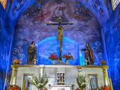 Altar y cúpula Iglesia de la Veracruz (Veracruz Church altar detail and dome)