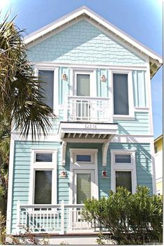 60 Beautiful Small Cottage House Exterior Ideas - Page 29 of 65 Beach Cottage Style, French Country Cottage, Coastal Cottage, Coastal Homes, Beach House Decor, Coastal Living, White Cottage, Beach Cottage Exterior, Beach Homes
