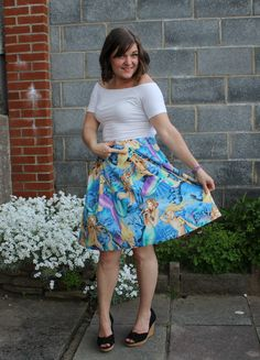 A Simplicity 1418 skirt in Alexander Henry Sea Sirens fabric worn here with a petticoat