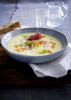 Unser beliebtes Rezept für Kartoffelcremesuppe mit Roastbeef und mehr als 55.000 weitere kostenlose Rezepte auf LECKER.de.
