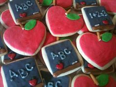 Julie Daly Cakes: Back to School Cookies