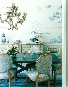 blue & white chinoiserie wallpaper & porcelain & chairs