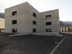 Built by Valerio Olgiati in Zernez, Switzerland with date 2008. Images by  Javier Miguel Verme. The exhibitions are held in the new visitors centre. The administration is in the old castle building; the hall, foye...