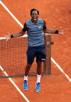 Gaeeeeeeeeel!! Combo shirt!!! Allez La Monf!so happy for this dude! @JugamosTenis #RolandGarros #tennis