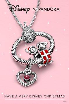Pandora Charms, Disney Pandora Bracelet, Pandora Jewelry, Charm Jewelry, Collection Disney, Pandora Collection, Christmas Mood, Disney Christmas, Charms Disney