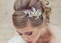 優しい印象のおでこだしヘアで世界一可愛い花嫁になる!