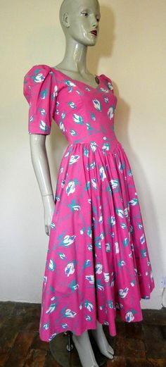 LAURA ASHLEY Pink Floral Dress S 10 Vintage Clothing, Vintage Dresses, Vintage Outfits, Laura Ashley Vintage Dress, Pink Floral Dress, Fabric Bows, Rockabilly Fashion, Etsy Vintage, Archive