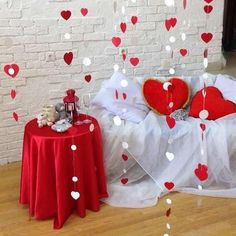 Ideas to decorate your romantic room for Valentine – Valentine's Day Love Decorations, Valentines Day Decorations, Valentines Day Party, Valentine Day Crafts, Decoration Table, Birthday Decorations, Wedding Decorations, Valentinstag Party, Valentine Backdrop
