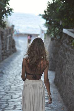 Pretty long boho chic skirt and bikini top perfect summer fashion trend