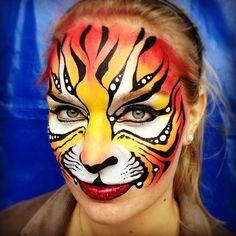 AmaDazzle Arts (Christina Kerr Davidson) || tiger ROAR!!