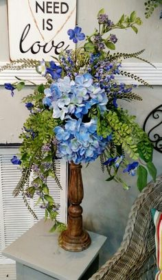 Designer h cooper Rustic Flower Arrangements, Silk Floral Arrangements, Beautiful Flower Arrangements, Rustic Flowers, Floral Centerpieces, Spring Flowers, Silk Flowers, Cemetery Flowers, Church Flowers