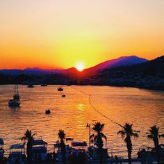 Check out this sunset in Turkkuyusu, Mugla in Turkey! Kinda nice huh? ❤️ #Lucal #LucalHQ #city #travel #travelgram #instatravel #wanderlust #traveladdict #wednesday #sea #sunset #vsco #instagood #tbt #picoftheday #sun #sky #paradise #beautiful #blue #turkey #sunsetporn #outdoors #beach #sand #naturalbeauty #perfect #vibes #relax #weekend  Source: Mighty Travels on Flickr *Edited by Lucal*
