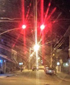 "3 Likes, 1 Comments - 📷photography🎥, 🎨art✏, 🎧music🎶, (@1weird_girl) on Instagram: ""#uplatedowntown #photography #artbyandie #afewnightsago #oneireallylike #redlight #art…"""