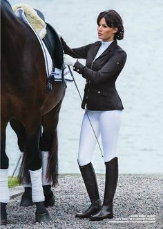 Image via We Heart It https://weheartit.com/entry/170355682 #dressage #equestrian #horse #rider #woman #equestrianstyle