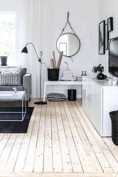 Lattia, sohva ja pöydät!