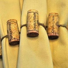 Drill 2 holes then thread twine through any wine cork. Good for Thanksgiving. Good chore to assign someone who wants to help. Use specific corks for wine lovers. Wine Craft, Wine Cork Crafts, Wine Bottle Crafts, Wine Corker, Wine Cork Projects, Wine Bottle Corks, Cork Art, Wine Decor, Wine Parties