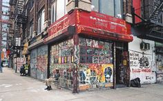 Store Front: The Disappearing Face of New York by James and Karla Murray | Mars Bar, Manhattan, 2005