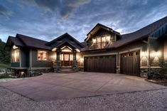 Traditional Exterior Photos Craftsman Style Design, Pictures, Remodel, Decor and Ideas - page 9