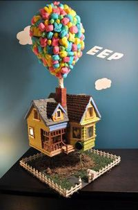 I love this 'UP' gingerbread house