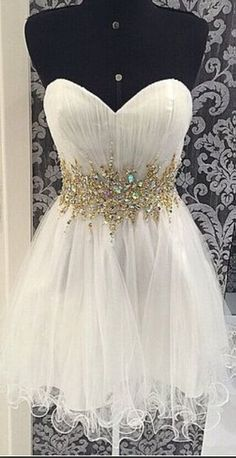 A Line Short Sweetheart Neckline White Prom Dresses, Formal Dresses,Beading Homecoming Dress