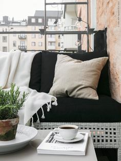 small balcony design done right Small balcony design with Ikea. Styled by Pella Hedeby, photo by Sofi SykfontSmall balcony design with Ikea. Styled by Pella Hedeby, photo by Sofi Sykfont Interior Balcony, Apartment Balcony Decorating, Apartment Balconies, Cozy Apartment, Balcony Planters, Balcony Chairs, Balcony Furniture, Garden Furniture, Office Furniture