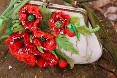 """Felted Bag """"Poppy Of Pre-raphaelite's Linen"""" #handmade #fashion #poppy #boho #chic #preraphaelite #felting #felted #bag #wool"""