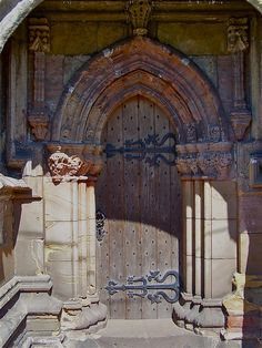 Rosslyn Chapel ('DaVinci Code'), near Edinburgh, Scotland.this doorway is rumored to be haunted Edinburgh Scotland, Scotland Travel, Scotland Trip, Perth, Rosslyn Chapel, Travel Sights, Gothic Architecture, Haunted Places, Place Of Worship