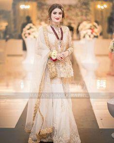 Dress Latest Bridal Dresses, Fancy Wedding Dresses, Designer Party Wear Dresses, Alternative Wedding Dresses, Lace Mermaid Wedding Dress, Bridal Outfits, Formal Dresses, Formal Wear, Asian Wedding Dress Pakistani