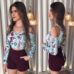 """2,635 Likes, 46 Comments - L A L E T • Por Layza Aguiar (@laletloja) on Instagram: """"Bom dia! ✨ Cropped da foto anterior no corpo só que com shortinho de alfaiataria bordô que chegou…"""""""