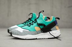 """After being teased, Nike has made available the new """"Safari"""" colorway of the Air Huarache Utility."""