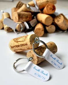 Fun and Inexpensive DIY Wedding Favors for Guests | Wine Cork Key Chains by DIY Ready at http://diyready.com/24-diy-wedding-favor-ideas/