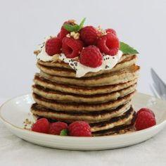 Chiapandekager med banan - Maria Vestergaard Tapas, Pancakes, Appetizers, Breakfast, Desserts, Picnic, Morning Coffee, Tailgate Desserts, Deserts