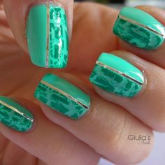 crackle mint with nail tape  #preenme Nail Art Designs, Nail Polish Designs, Lip Designs, Polish Nails, Nails Design, Fancy Nails, Cute Nails, Pretty Nails, Crackle Nails