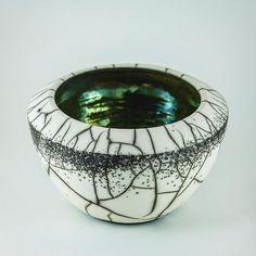 Naked Raku bowl with green glaze inside. After a good cleaning and polish!!!! I love the inside!!! Photo credit: Joseph Cruz #piaraku #pottery #ceramics #contemporaryceramics #keramik #セラミックス #陶器 #céramique #poterie #cerámica #陶瓷 #도기류 #dilucalondonceramics # #keramikk #krukmakeri #craft #contemporarycraft #potsinaction #maker #naked #craft #raku #楽焼 #worldofartists #dilucaceramics #designermaker #thecreatorclass #clay #cremerging