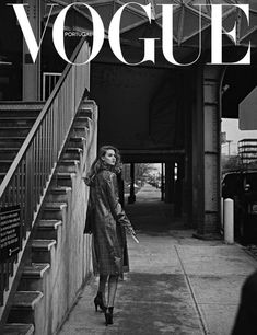 Publication: Vogue Portugal July 2017 Model: Lindsey Wixson Photographer: An Le Fashion Editor: Paulo Macareno Hair: Nabil Harlow Make Up: Niki Mnray PART II Gray Aesthetic, Black Aesthetic Wallpaper, Black And White Aesthetic, Aesthetic Collage, Aesthetic Bedroom, Black And White Picture Wall, Black N White, Black And White Pictures, New York Black And White