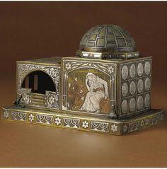 Box shaped like Rachel's Tomb, 1915