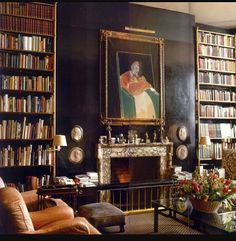 The late Lord Weidenfeld's London library. He co-founded Weidenfeld & Nicolson, the great publishing house. Died, aged 96, last week. #theprivatelibrary #kinseymarableandco #francisbacon