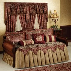 Palatial Ruffled Flounce Daybed Bedding Set