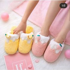 Kawaii Kleidung❤️ Schuhe ❤️Taschen ❤️Schmuck❤️ Ease Bug Bites with Easy Herbs Summertime means insec Cute Room Ideas, Cute Room Decor, Banana Fruit, Strawberry Banana, High Heel Stiefel, High Heels Boots, Kawaii Bedroom, Mode Kawaii, Cute Slippers