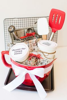 Holiday Cookie Baking Basket with Free Printables | The TomKat Studio