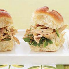 Indian Pulled-Chicken Sandwiches     #chicken #sandwiches #indian #yogurt