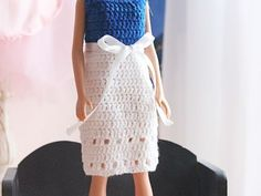Free crochet pattern for Barbie dress and hat Baby Dress Patterns Barbie Crochet Dress Free hat Pattern Crochet Barbie Patterns, Barbie Clothes Patterns, Crochet Barbie Clothes, Baby Dress Patterns, Baby Doll Clothes, Clothing Patterns, Dress Clothes, Knitting Patterns, Baby Cardigan