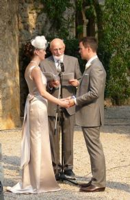 "Celebrant in France: Ray Thatcher. various ""programs"" (tieing the knot, unity candle etc) 400 Euro plus."