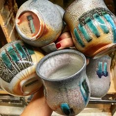 Love the lines on these mugs. And that gray! Regram via @shostert