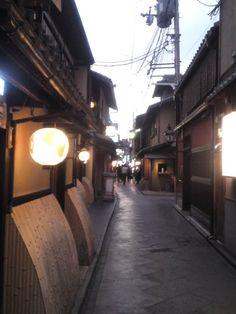 京都の路地は美しい