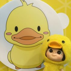 Hey, what is your new year plan? For mine is... Travelling all over the world, to visit all the BuBu Ducks