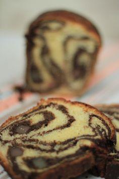 Posts about reteta cozonac moldovenesc Elena Lasconi written by elenalasconi Romanian Food, Beignets, Unique Recipes, Sweet Bread, Bakery, Deserts, Muffin, Ice Cream, Tasty