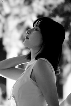 """Mr.Bread on Twitter: """"#우주소녀 #WJSN #설아 #SEOLA LG V50 ThinQ 롯데월드 설아🍞🍞… """""""